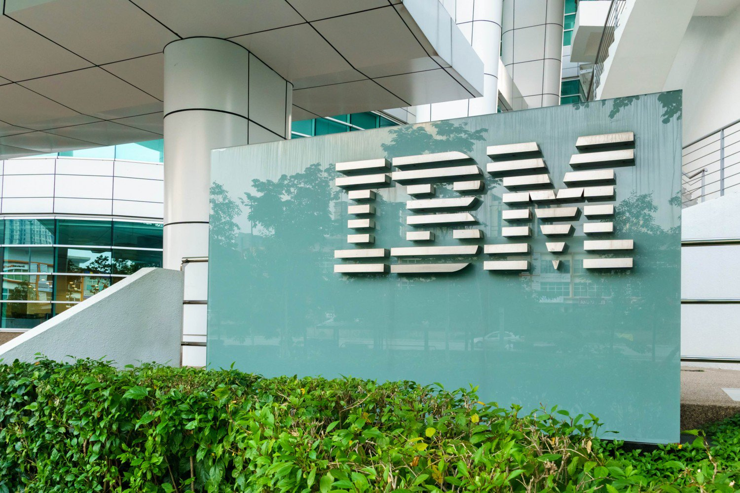 IBM Evolution: Big Blue Is Finally Getting Serious About Cryptocurrency - CoinDesk