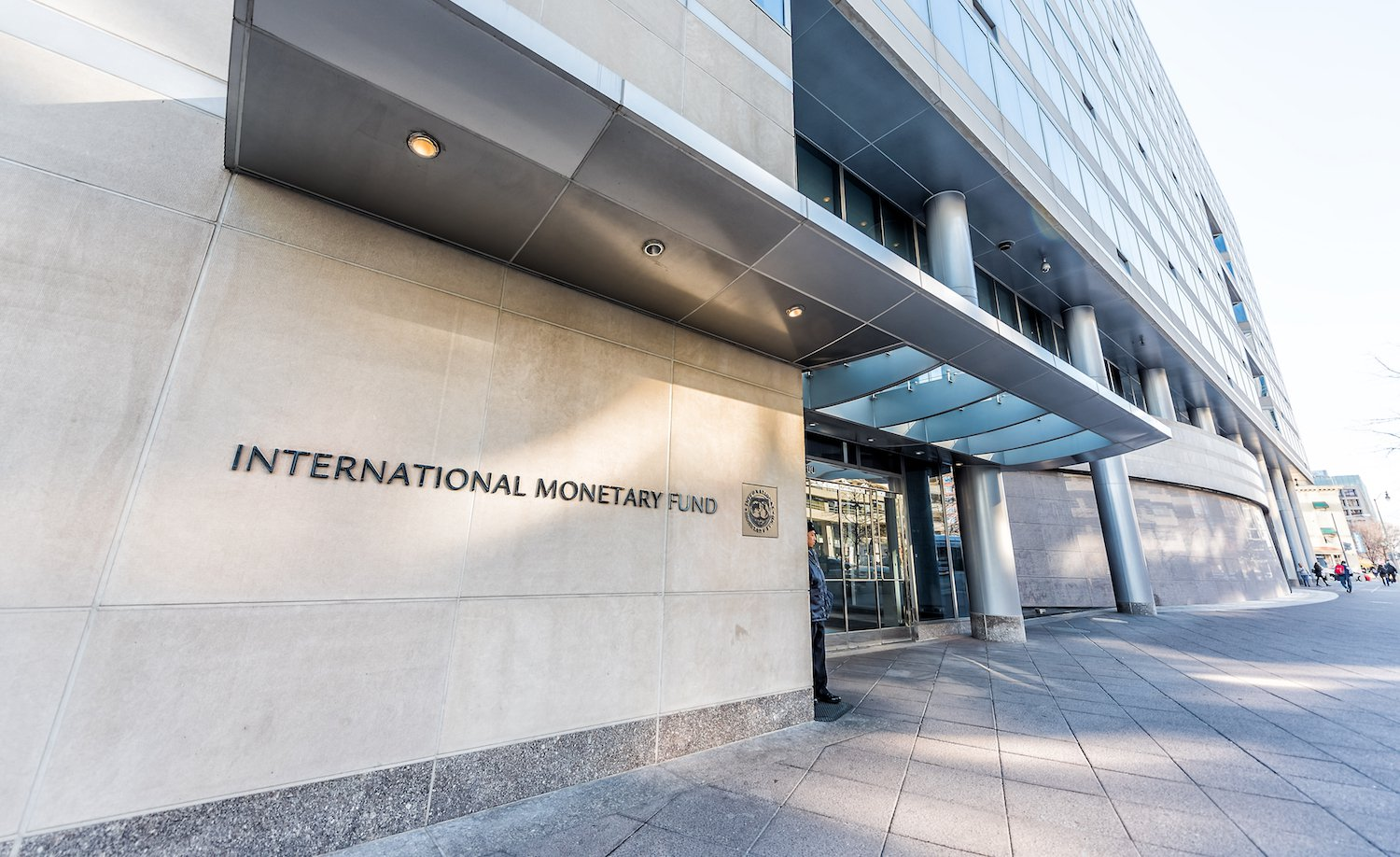 IMF Official: Central Banks Need to Compete With Crypto - CoinDesk
