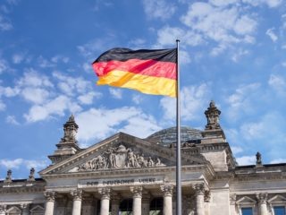 Initiative to Curtail Negative Interest Rates Gains Traction in Germany - Bitcoin News